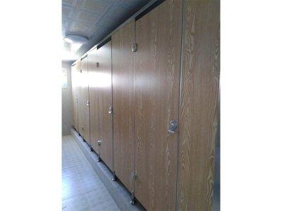 卫生间隔断安装案例